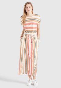 khujo - DOREEN - Maxi dress - mehrfarbig gestreift - 1
