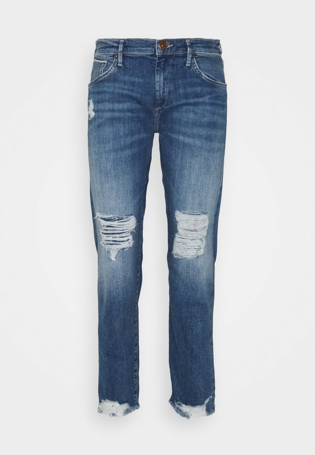 LIV BOYFRIEND ROSEGOLD SELVAGE - Džíny Slim Fit - blue denim