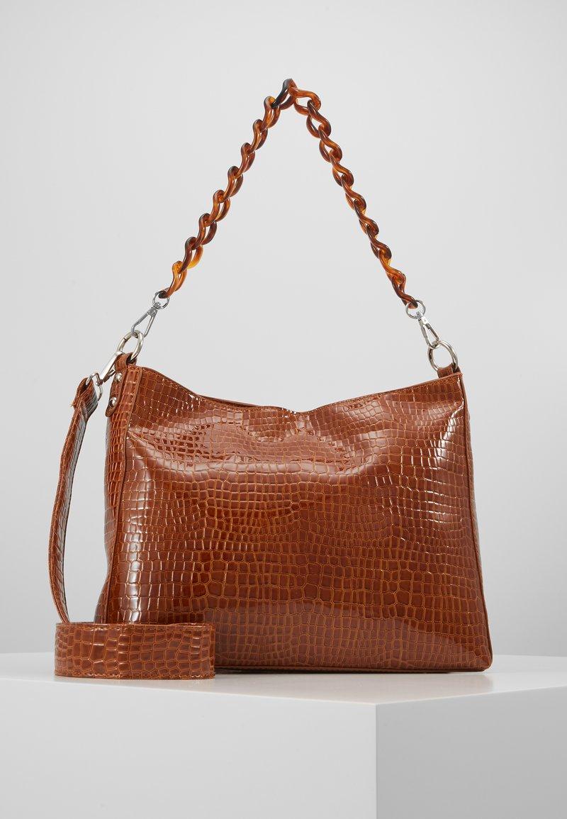 HVISK - AMBLE CROCO - Handbag - chocolate