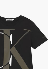 Calvin Klein Jeans - EXPLODED MONOGRAM - T-shirts print - black - 2