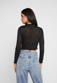 Missguided Tall - TEXTURED LETTUCE LONG SLEEVED 2 PACK - Bluzka z długim rękawem - white/black - 3