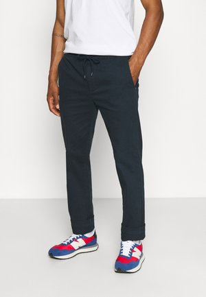 HOUSE TROUSER - Chino - carbon