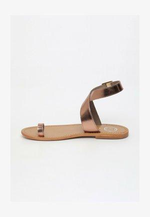 ALDA  - T-bar sandals - bronze
