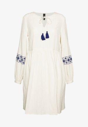 YASMATHILDE DRESS - Sukienka letnia - eggnog/surf the web