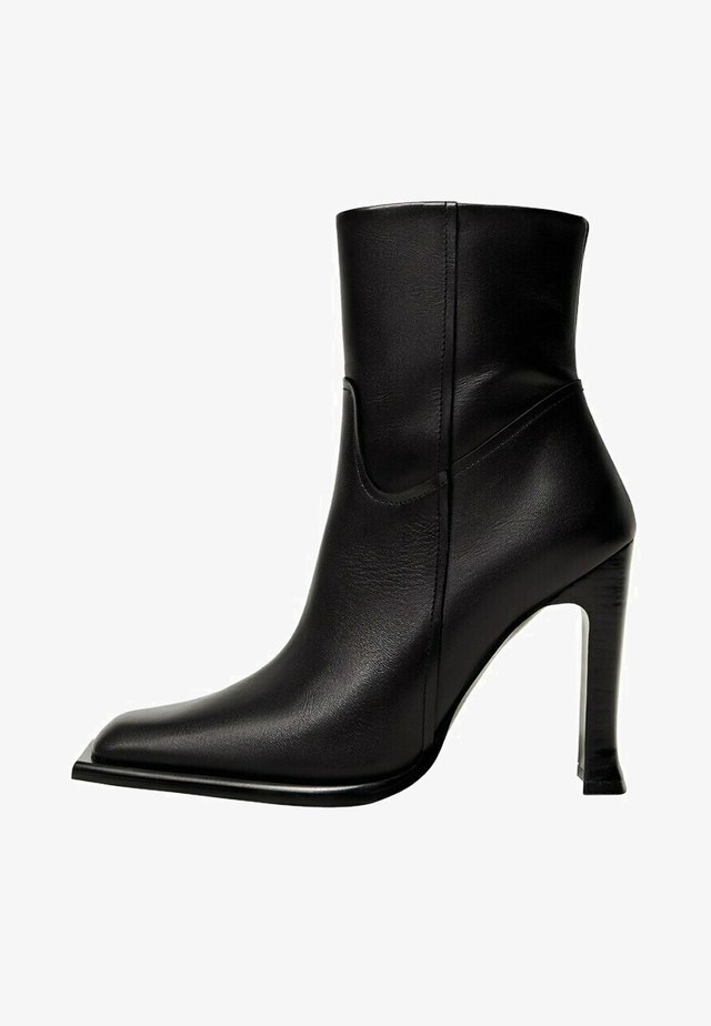 GIANNI - High heeled ankle boots - schwarz