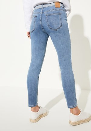 MIT WASCHUNG - Jeans Skinny Fit - blue