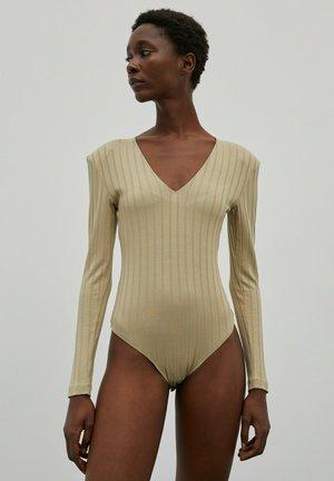 LUCIANA - Long sleeved top - khaki