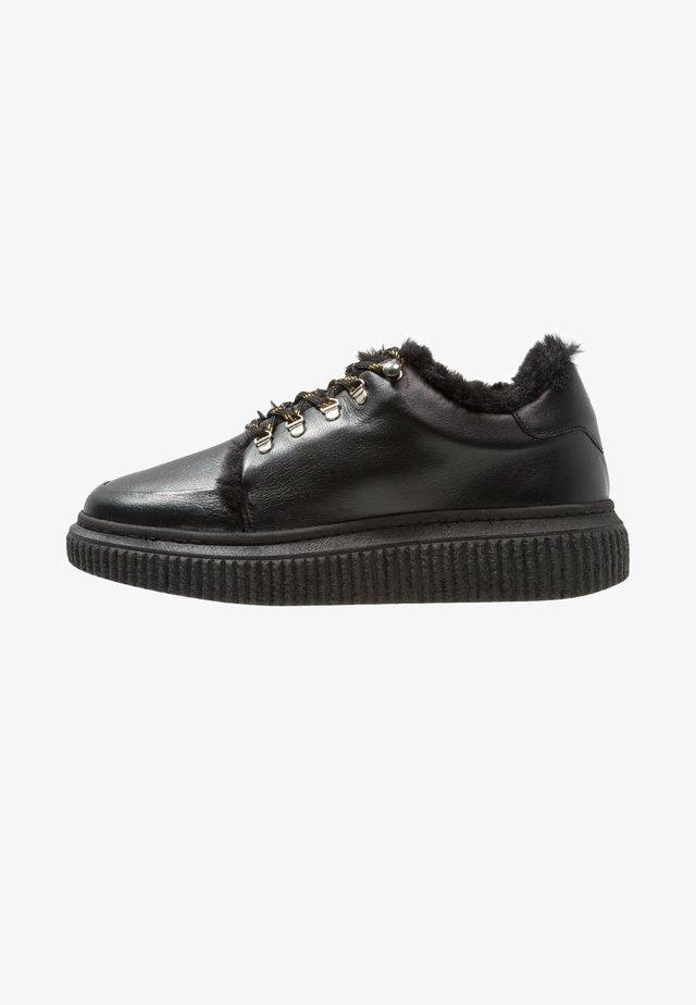 VALA - Chaussures à lacets - black
