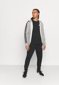 adidas Performance - 3 STRIPES FLEECE FULL ZIP ESSENTIALS SPORTS TRACK JACKET HOODIE - Zip-up sweatshirt - medium grey heather - 1