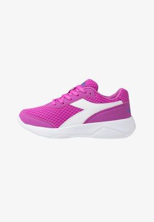 EAGLE 3 - Obuwie do biegania treningowe - purple/white