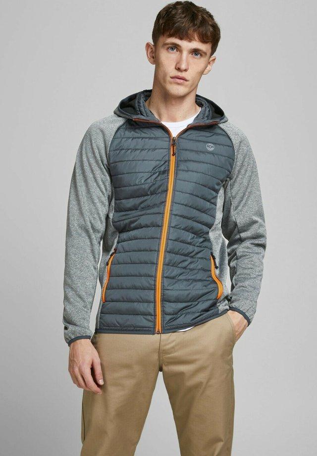 JJEMULTI QUILTED JACKET - Light jacket - grey melange