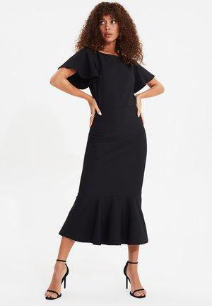 TRENDYOL TWOSS20EL1342 - Shift dress - black