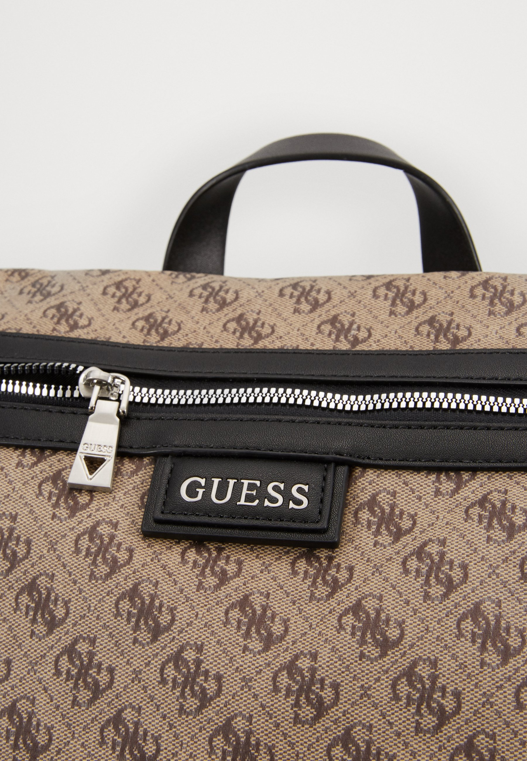Guess SALAMEDA BACKPACK - Ryggsekk - brown/brun RcqAWWR20XDfs3c