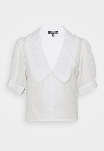 EXAGGERATED COLLAR BUTTON THROUGH BLOUSE