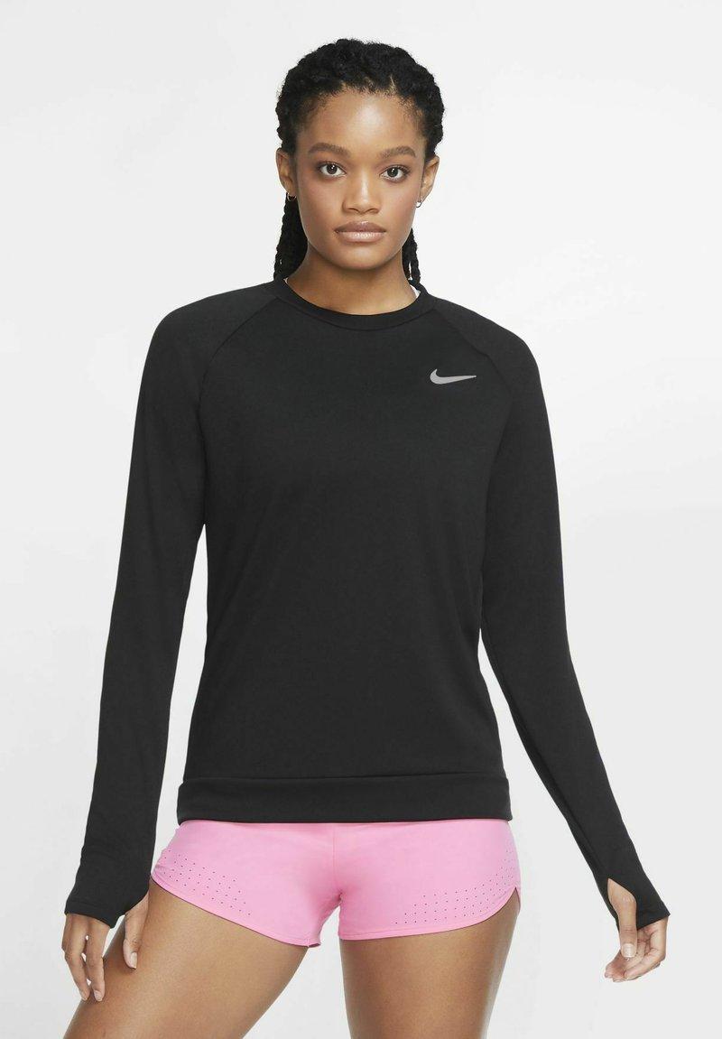 Nike Performance - PACER CREW - Treningsskjorter - black/black