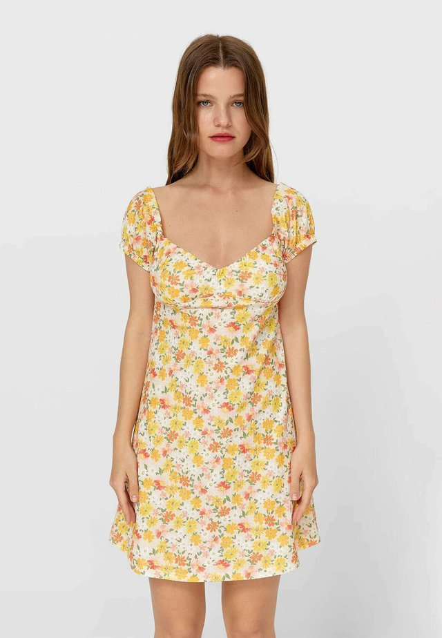Denní šaty - light yellow