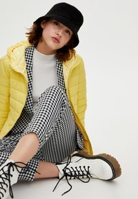 PULL&BEAR - Winter jacket - yellow - 3