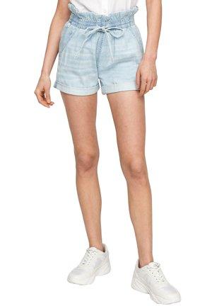 REGULAR FIT - Denim shorts - light blue