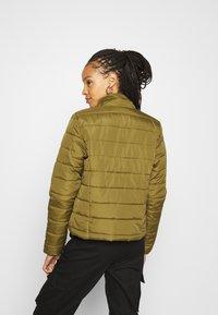 Vero Moda - VMSIMONE  - Lett jakke - fir green - 2