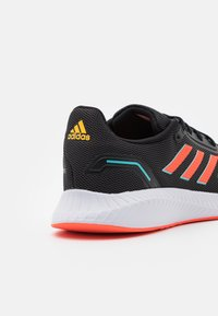 adidas Performance - RUNFALCON 2.0 - Zapatillas de running neutras - core black/solar red/solar gold - 5