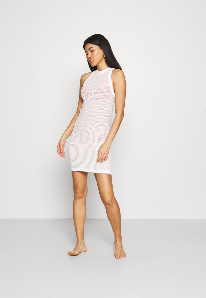 Solid & Striped - THE CARSON DRESS TECH - Ranta-asusteet - marshmallow