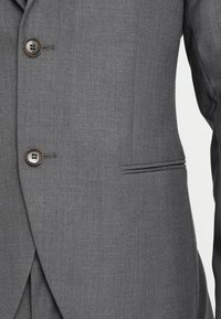 Isaac Dewhirst - FASHION SUIT - Completo - mid grey - 11