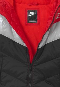 Nike Sportswear - COLOR BLOCK HEAVY PUFFER - Vinterjacka - university red - 2