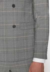 Lindbergh - DOUBLE BREASTED CHECK SUIT - Suit - brown - 8