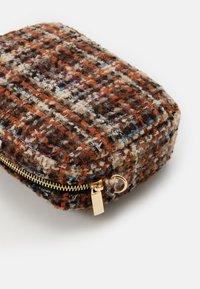 Becksöndergaard - DASAN PAYA BAG - Across body bag - potting soil - 3