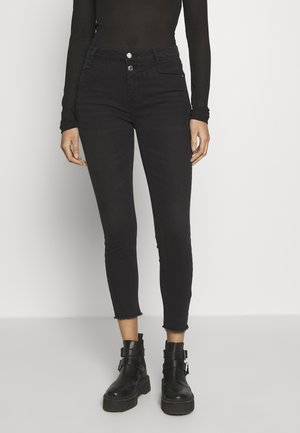 ONLCHRASSY  - Vaqueros pitillo - black denim