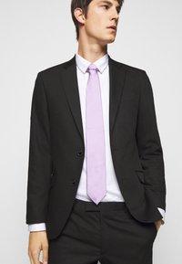 HUGO - TIE - Tie - light pastel purple - 0