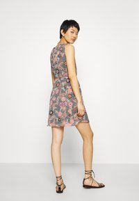 Vero Moda - VMNUKA DRESS - Day dress - carnelian/nuka - 2