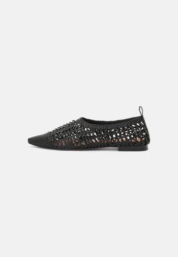 BALLERINAS - Ballet pumps - black