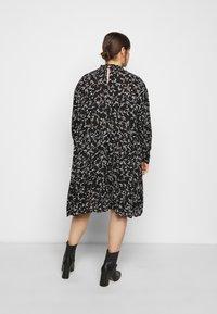 Kaffe Curve - SAVY DRESS - Day dress - black/chalk - 2