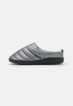 Domácí obuv - silber