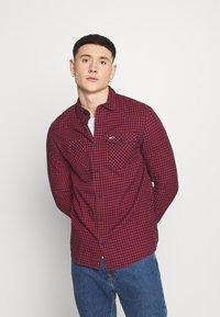 Tommy Jeans - GINGHAM WESTERN - Shirt - deep crimson - 0