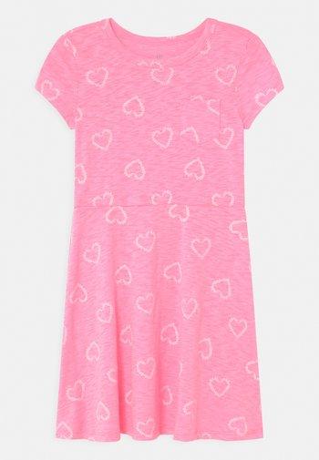 GIRL - Robe en jersey - pink