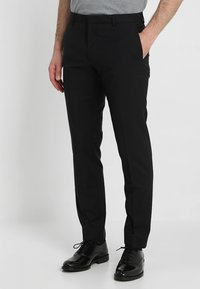Calvin Klein Tailored - WOOL NATURAL STRETCH FITTED SUIT - Suit - perfect black - 4