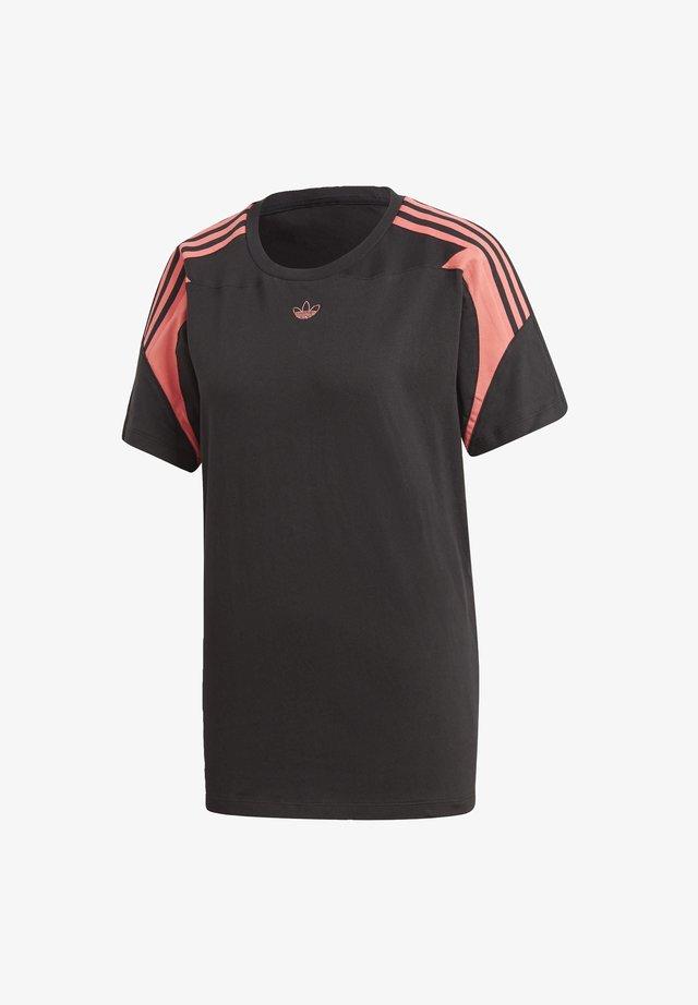 BOYFRIEND T-SHIRT - Print T-shirt - black