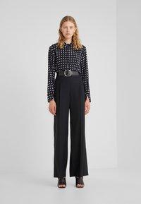 Bruuns Bazaar - BONNE FILIPPA - Button-down blouse - black - 1