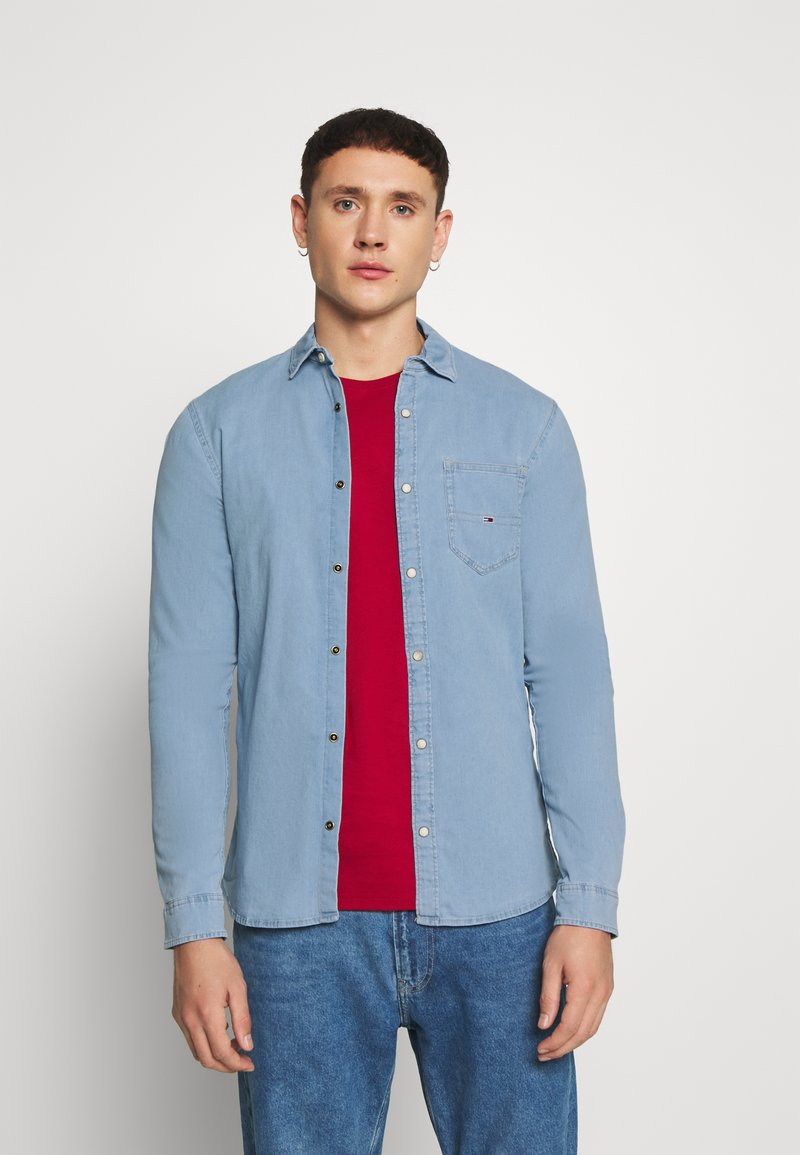 Tommy Jeans - STRETCH SHIRT - Shirt - denim light