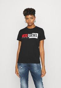 Diesel - SILY CUTY - Print T-shirt - black - 0