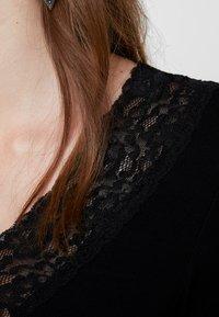 Pieces - PCSIRI - T-shirt à manches longues - black - 5