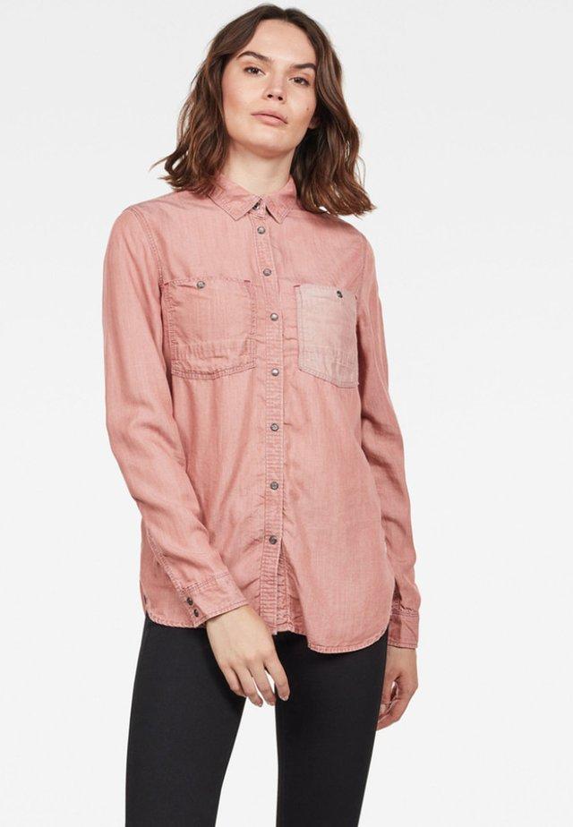 REMI BOYFRIEND - Button-down blouse - dk tea rose