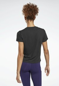 Reebok - WORKOUT READY SPEEDWICK - T-shirts med print - black - 2