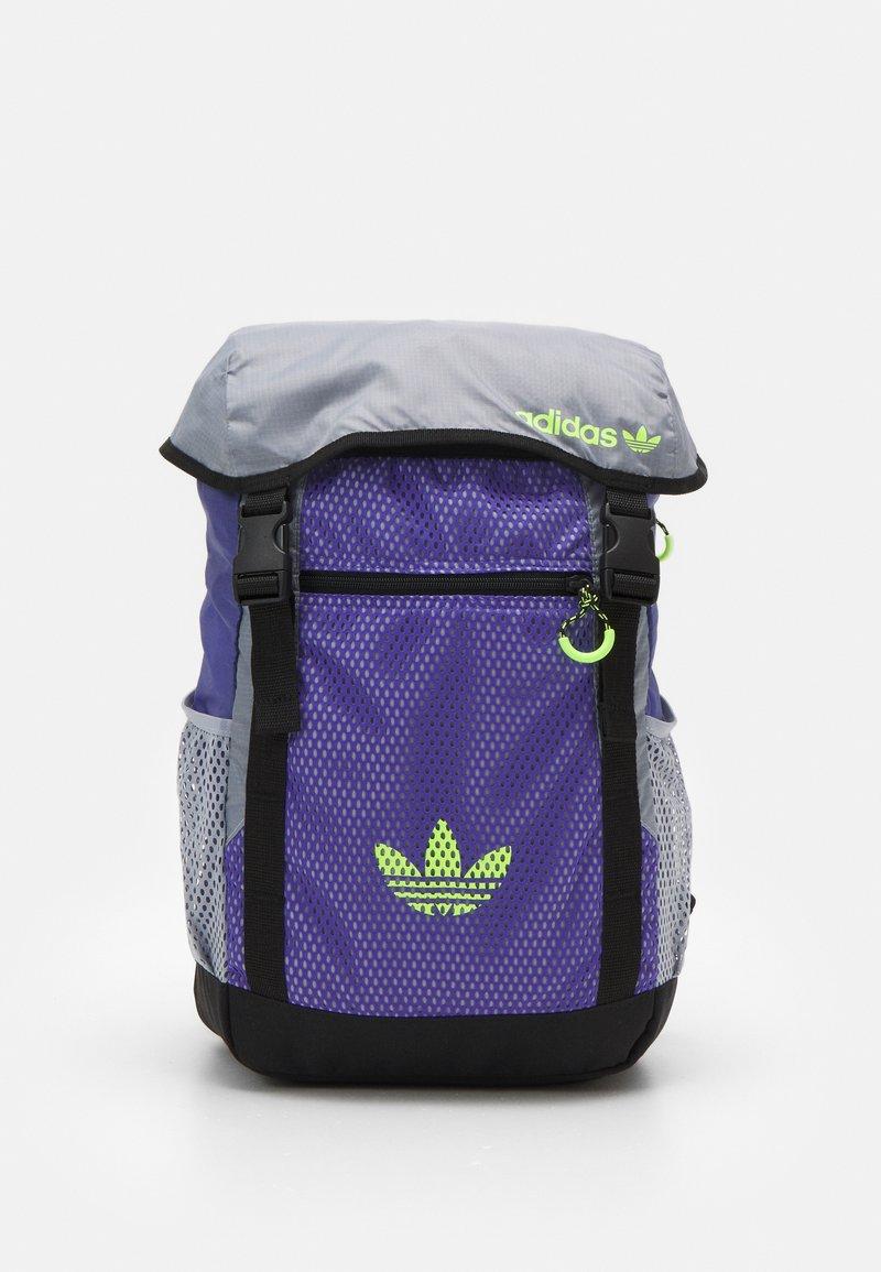 adidas Originals - TOPLOADER UNISEX - Batoh - purple/halo silver/signal green