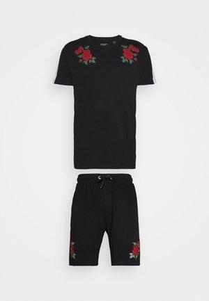 ROSE PRINTED SET - Print T-shirt - black