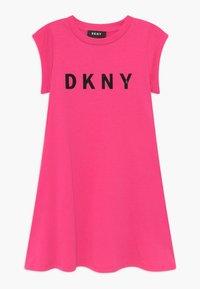 DKNY - SLEEVE - Žerzejové šaty - pink - 0