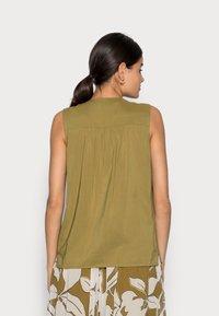 Esprit Collection - BLOUSE - Blouse - olive - 2