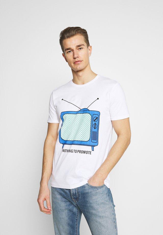 PROSPER - T-shirts med print - white